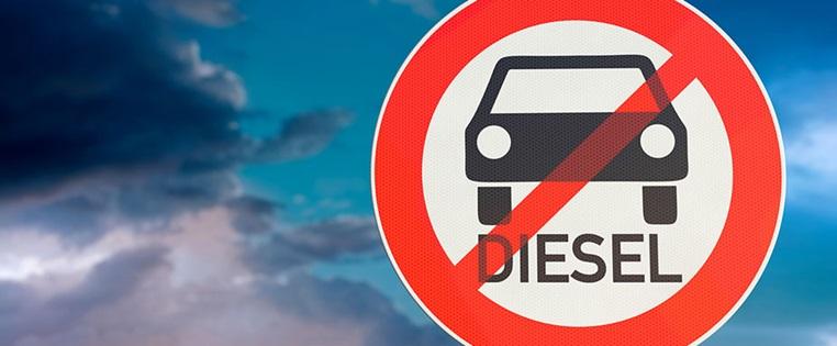 obloha a značka so zákom diesel
