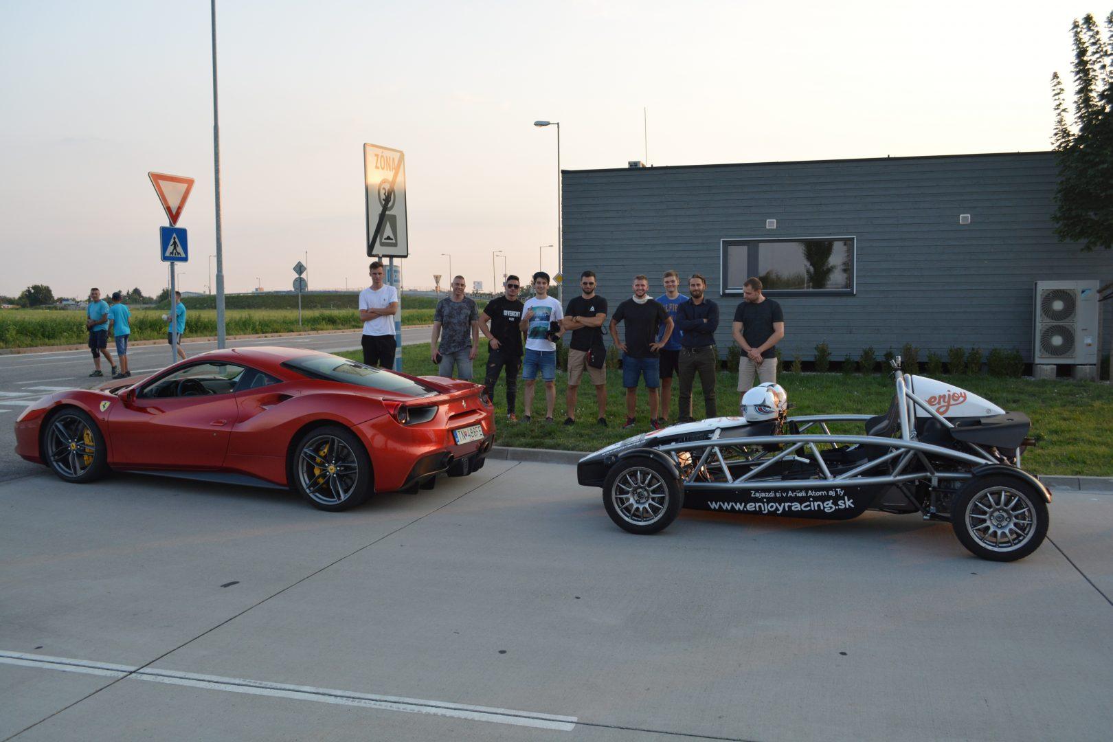 Ariel_Atom_vs_Ferrari_488_GTB