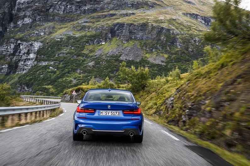 Nové BMW radu 3 zozadu