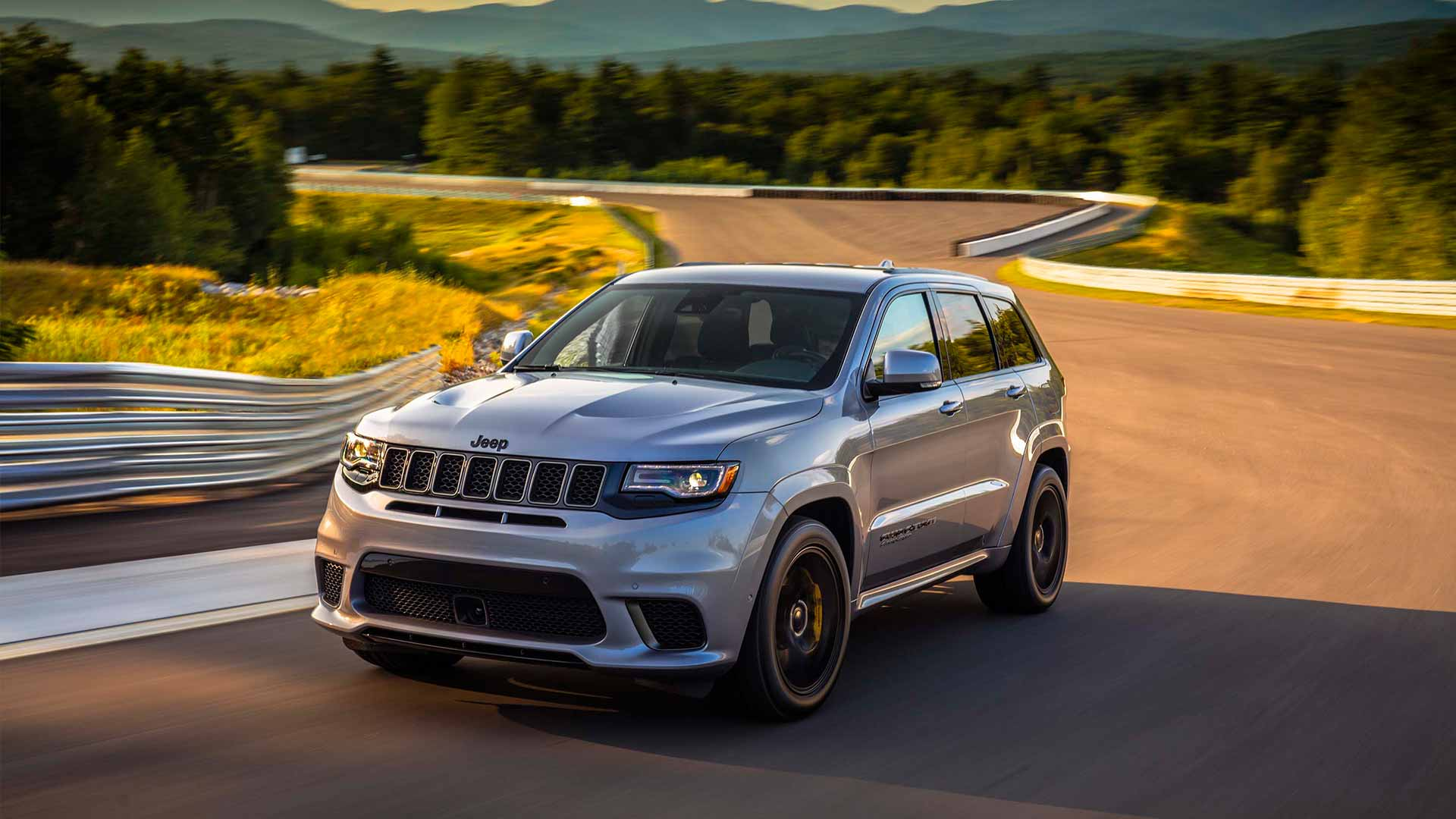 jeep-grand-cherokee-srt-trackhawk