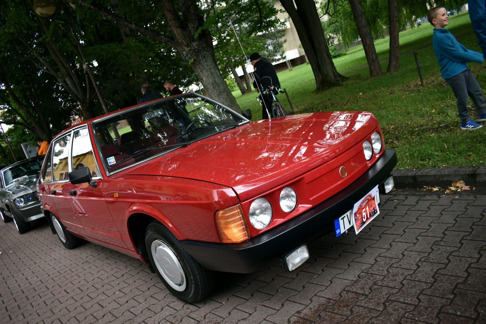 Tatra613