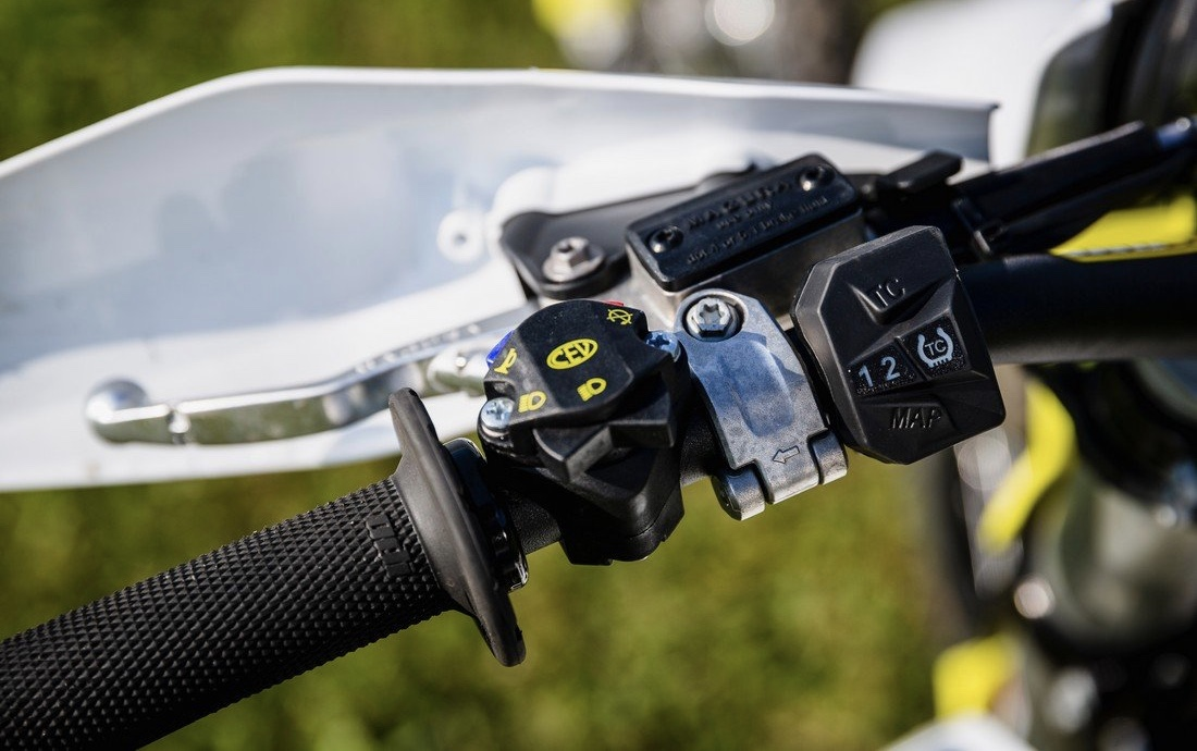 testy motocyklov husqvarna test kopernica te150 te150i fe te fe250i fe350 fe450 tc te300 enduro 2020 recenzia podlahanews slovensko