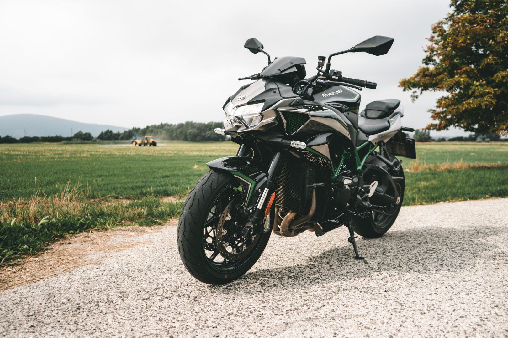 kawasaki z h2 test motorky motocyklov motoriek kompresor turbo prelpňovaný kompresorom naked compressor testy daniel chovanec podlahanews