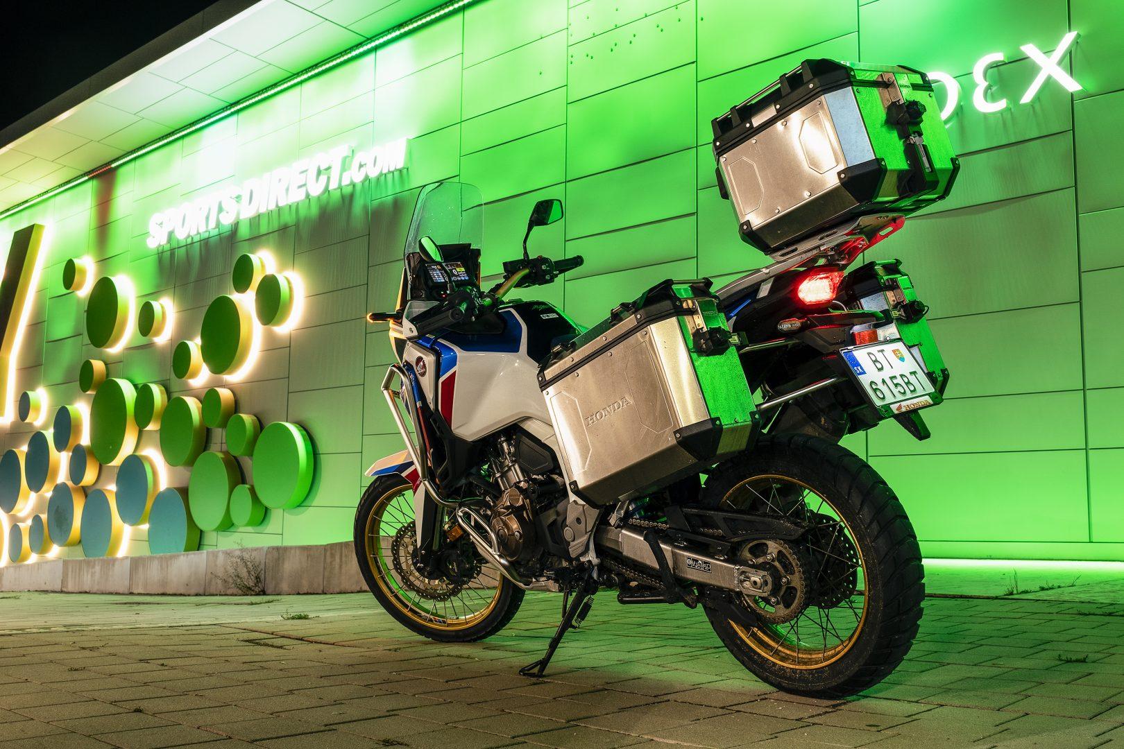 honda africa twin model adventure sports 2020 test recenze recenzia Moto motocyklov turistika kufre