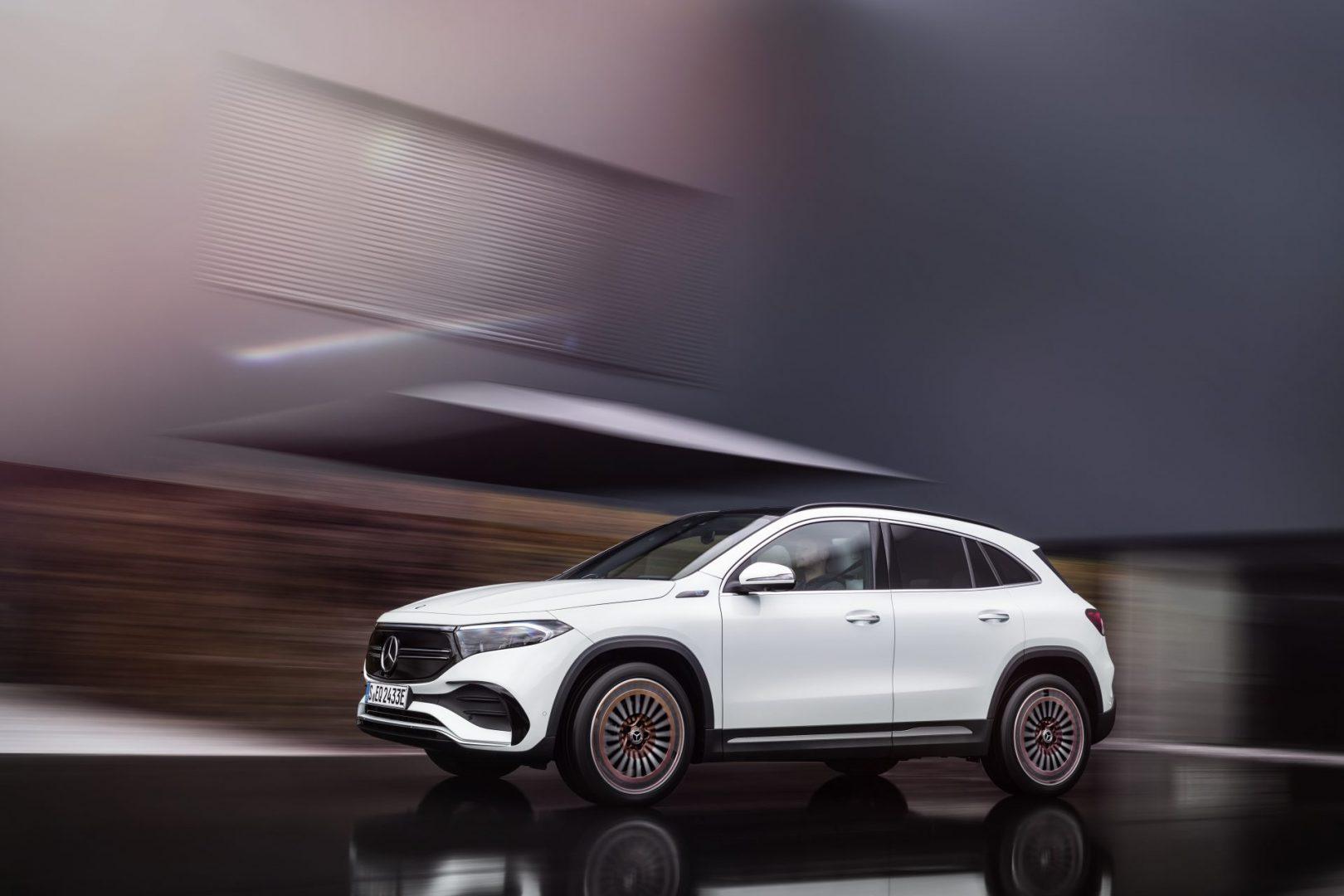 Mercedes EQA profil