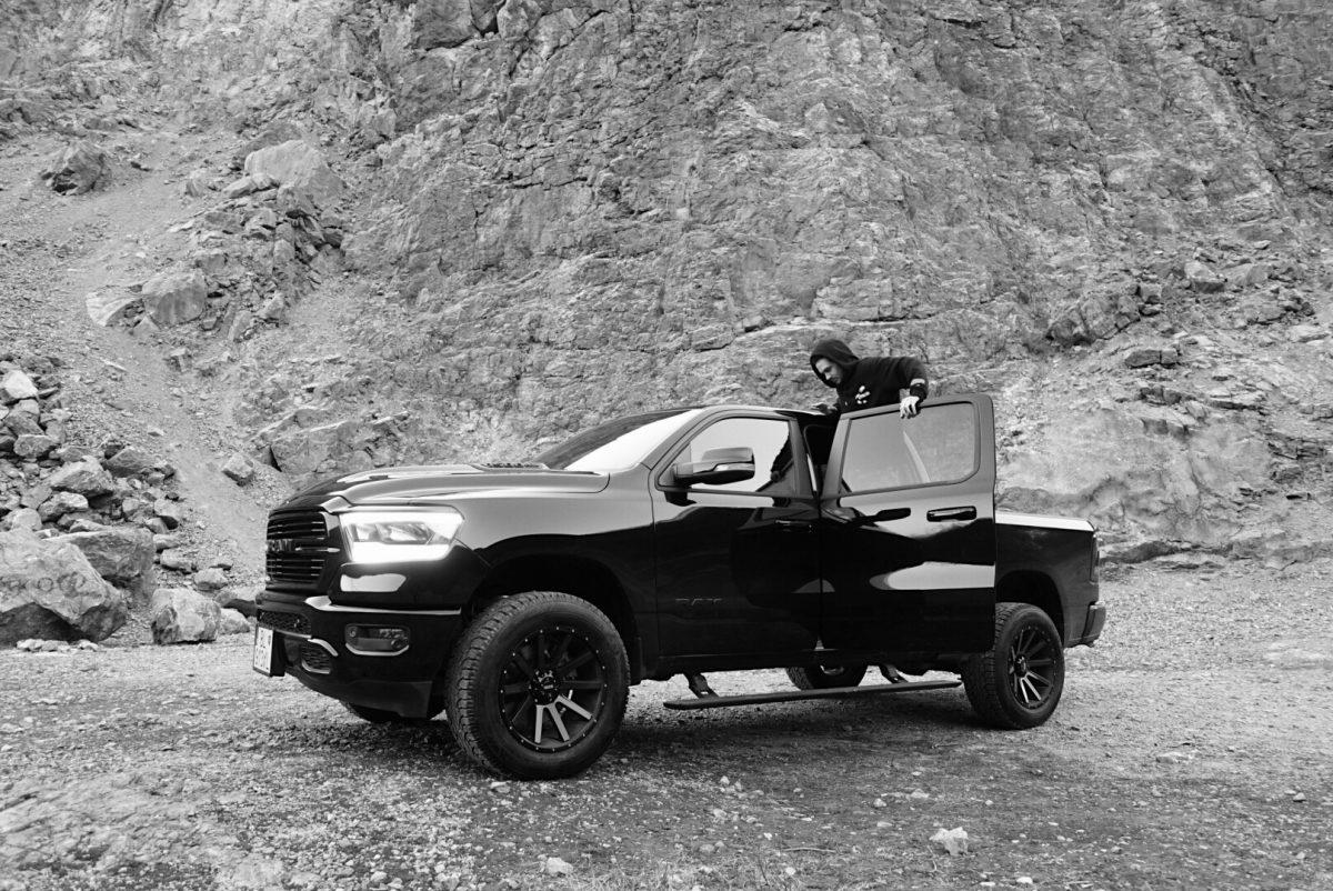 Dame Dodge RAM