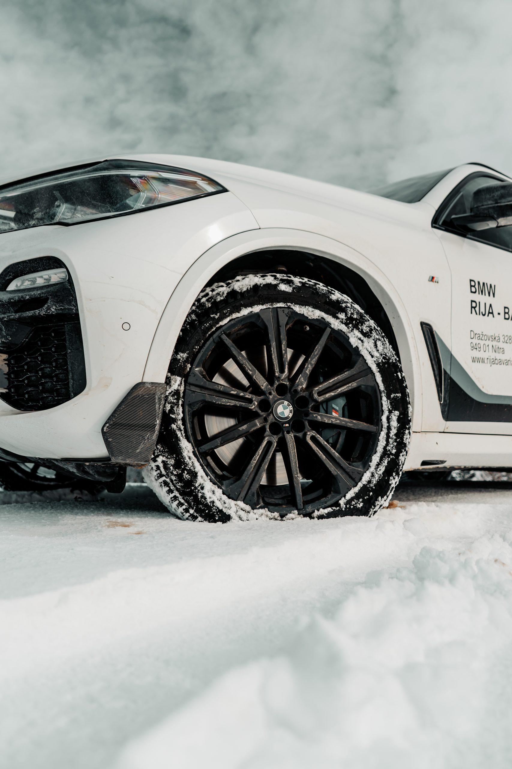 BMW X5 40i