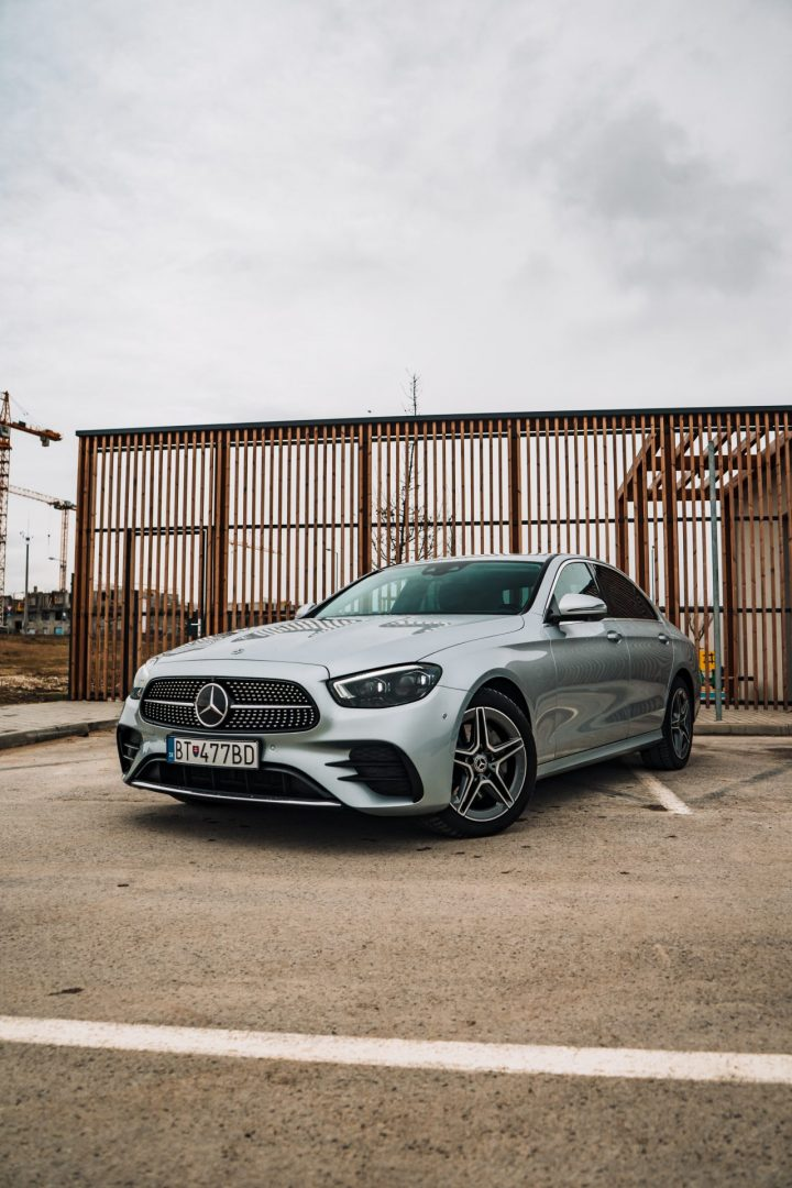 Mercedes E exteriér1